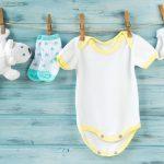 Perhatikan Hal Ini Saat Memilih Dan Mencuci Pakaian Bayi